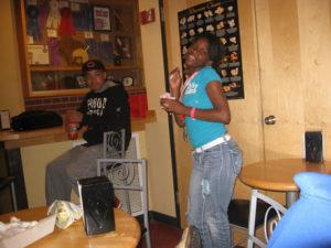 Two ProCSI 2010 members enjoy ice cream