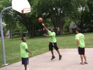 A few ProCSI 2011 members play basketball
